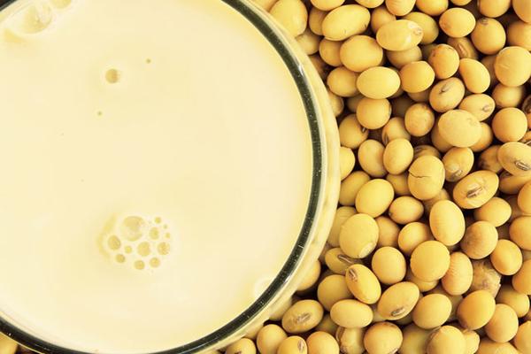 Soya Sütü Zayıflatır Mı ? Faydaları, Zararları